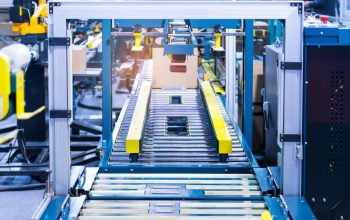 Monitor conveyor system components with thermal imaging